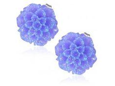 Fialové kvetové puzetky