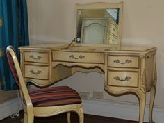Union Furniture French Provincial Vanity with Chair