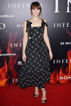 Felicity Jones in Erdem - Inferno screening, Los Angeles Star Fashion, Daily Fashion, Fashion Outfits, Libra, Felicty Jones, Elie Saab Gowns, Together Fashion, Nice Dresses, Formal Dresses