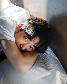 New Baby Ilustration Art Guys 22 Ideas Nam Joo Hyuk Smile, Nam Joo Hyuk Cute, Nam Joo Hyuk Lee Sung Kyung, Jong Hyuk, Nam Joo Hyuk Lockscreen, Nam Joo Hyuk Wallpaper, Asian Actors, Korean Actors, Darren Wang