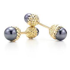 Jean Schlumberger for Tiffany - Acorn Cufflinks with Hematite and Yellow Gold. . . . . . der Blog für den Gentleman - www.thegentlemanclub.de/blog