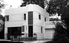 Art Deco house by arcturus rex, via Flickr