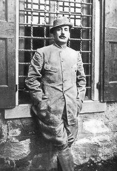 Puccini in hunting dress, 1908
