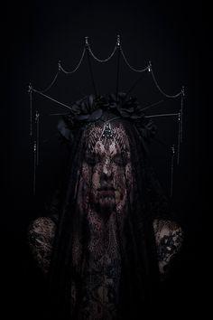 Tuula Ylikorpi Photography with Kitsune Couture and Sadie Scissors. Dark Fantasy, Fantasy Art, Under The Veil, Dark Queen, Dark Paradise, Dark Gothic, Dark Photography, 6 Photos, Dark Beauty