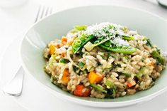 Looking for a fabulous meatless risotto recipe? Then you must try our Vegetable Medley Risotto recipe. It's loaded with colourful fresh veggies!