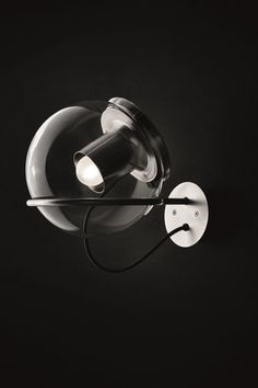 Allgemeinbeleuchtung   Wandleuchten   The Globe   Oluce   Joe. Check it out on Architonic