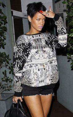 Rihanna's style is so doable. I mean, its a freaking sweatshirt and shorts and she looks flawless.