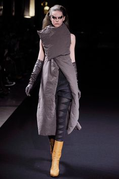 Visions of the Future // Rick Owens Fall 2010 Ready-to-Wear Collection Photos - Vogue