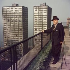 Slim Aarons - Old Mies (Ludwig Mies van der Rohe, Chicago, circa 1960) #photo #architecture