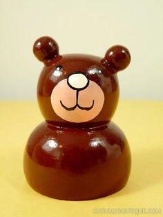 Taille-crayon ours brun en bois peint - Artisanat équitable