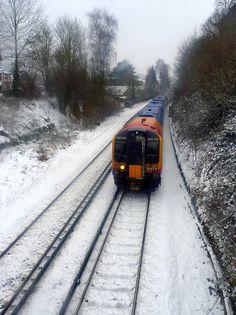 South West train approaching Farncombe Railway Station in the snow by fotosforfun2, via Flickr South West Trains, Locomotive, Britain, Snow, Happy, Ser Feliz, Locs, Eyes, Let It Snow