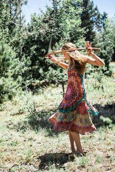 ╰☆╮Boho chic bohemian boho style hippy hippie chic bohème vibe gypsy fashion indie folk the . Boho Hippie, Style Hippie Chic, Bohemian Soul, Hippie Love, Hippie Chick, Gypsy Style, Boho Gypsy, My Style, Bohemian Lifestyle