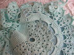 JanitaM: Gehaakt tasje van glans katoen met patroon