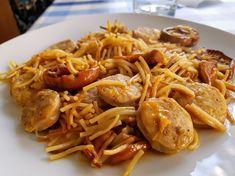 Preparamos hoy una fideuá de setas con butifarra siguiendo la receta de Cocinando con Montse. Un plato sencillo y fácil con un sabor espectacular