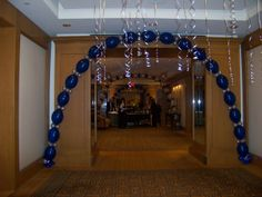 "Link-o-Loon Arch . . .made with 11"" & 5"" latex balloons"