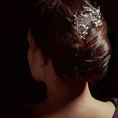 Hårsmykke i sølv fra 1910 Antique Jewelry, Crown, Antiques, Earrings, Fashion, Old Jewelry, Moda, Stud Earrings, Ancient Jewelry
