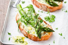 Treat the family to a bistro favorite with this roasted asparagus recipe. Our Roasted Asparagus Recipe for Bruschetta is a new take on a classic. Baked Asparagus, Fresh Asparagus, Asparagus Recipe, Asparagus Spears, Recipes Appetizers And Snacks, Appetizer Dips, Veggie Appetizers, Antipasto, Bruschetta Recipe