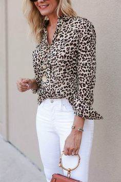 Do you like leopard print? If the answer is even yes or no, I'm sure that you'll like this timeless trend after I show these stylish outfits to you. Leopard Print Outfits, Animal Print Outfits, Leopard Print Top, Leopard Print Shirts, Casual Fall Outfits, Stylish Outfits, Cute Outfits, Fashion Outfits, Workwear Fashion