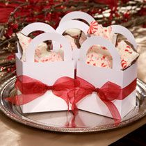 Dollar Tree  Wedding Idea:  Favor Bags with a Special Touch