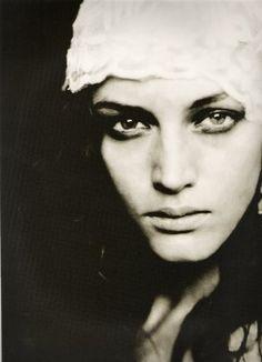 Roversi, Paolo: Photographie, Femmes | La Liste rouge