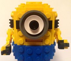 Looking for a fun activity for children who love both Minions and Lego? This post has tons of ideas for creating Lego Minions to inspire your lego builders. Minions, Lego Minion, Minion Party, Lego Projects, Projects For Kids, Lego Club, Lego People, Lego Craft, Lego For Kids