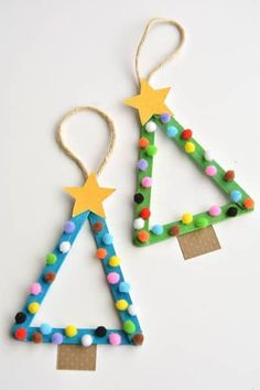 Easy Christmas Kids Crafts that Anyone Can Make!-Easy Christmas Kids Crafts that Anyone Can Make! Easy Christmas Kids Crafts that Anyone Can Make! Stick Christmas Tree, Christmas Tree Ornaments, Christmas Fun, Christmas Cactus, Popsicle Stick Christmas Crafts, Ornaments Ideas, Kids Christmas Parties, Homemade Christmas, Xmas Tree