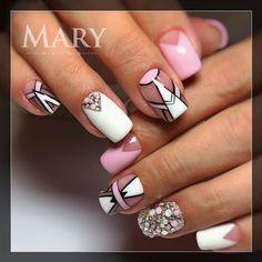 Геометрия на ногтях #nail #nails #nails💅 #nailart #nailsart #nailswag #nailstagram #műköröm #crystalnails #crystalnailshungary #geometria #маникюр #геометрия…