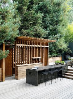 Beyond the Barbecue: 14 Streamlined Kitchens for Outdoor Cooking