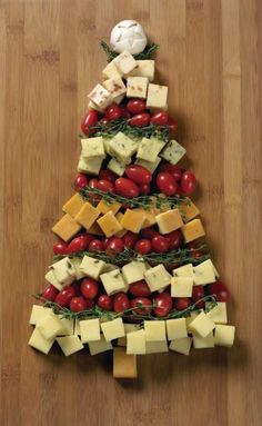 Time 2012 Cheese Tree Appetizer - from Vermont's Cabot Cheese! Need an ugly Christmas sweater from Vermont? Cheese Tree Appetizer - from Vermont's Cabot Cheese! Need an ugly Christmas sweater from Vermont? Christmas Party Food, Christmas Appetizers, Christmas Cooking, Christmas Goodies, Holiday Fun, Christmas Holidays, Christmas Decorations, Christmas Cheese, Christmas Hacks