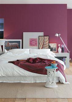 Decor * Decoração * Home * Casa * Ideas * Idéais * Inspiraçã Bedroom Colors, Home Decor Bedroom, Modern Bedroom, Bedroom Wall, Trendy Bedroom, Bedroom Furniture, Design Bedroom, Bed Room, Magenta Walls