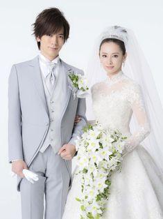 歌手DAIGO(38)女優北川景子(29)夫妻が29日、都内で挙式を行い、東京・グランドプリンスホテル新高輪で披露宴を行った。1月11日に結婚した2人は約500人… - 日刊スポーツ