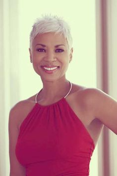 Black-women-with-short-white-hair