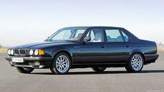 История дизайна BMW: Клаус Люте  Любовь к немецким автомобилям в нашей стране сложилась ещё в 90-х, и если вы родились позже, то вы всё равно понимаете почему. Эти автомобили во многом стали олицетворением той эпохи, неотъемлемой её частью и одним из самых ярких вос�