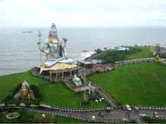 """Murudeshwara, a town in the Bhatkal Taluk of Uttara Kannada district in the state of Karnataka. It is the second tallest statue of Lord Shiva.""   Photo shared by Ms Palak Palpal. #CoxandKings"