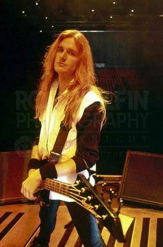 David Ellefson - Megadeth Nick Menza, David Ellefson, Metal Horns, Dave Mustaine, Famous Musicians, Rock Of Ages, Joan Jett, Thrash Metal, Perfect Boy