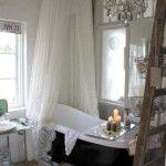 banyoda farkli bir tarz vintage banyo dekorasyonu aksesuar kuvet mobilya vitrifiye ve vintage musluk aksesuar (9)