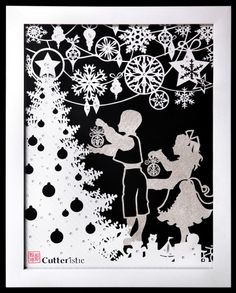 White Christmas : in White Checkered Metallic Paper + Swarovski beads, 25 x 30 cm frame size. Paper Christmas Decorations, Christmas Paper, Christmas Baubles, White Christmas, Christmas Time, Christmas Crafts, Paper Cutting, Christina Aguilera Christmas, Paper Pot