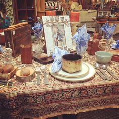 Thanksgiving is upon us!  What's your favorite thing about November?  #fairtradedecor #fairtrade #decor #november #thanksgiving #fall #dining #kitchentable