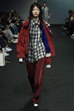 Kye Seoul Fall 2016 Fashion Show