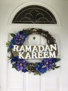 Ramadan Wreath! Ramadan Crafts, Ramadan Decorations, Diy Wreath, Wreaths, Eid Holiday, Islamic Celebrations, Eid Al Fitr, Embroidery On Clothes, Ramadan Mubarak