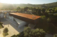 Igreja Velha Palace   Vermoim - Vila Nova de Famalicão   Portugal   Metal in Architecture 2015   WAN Awards