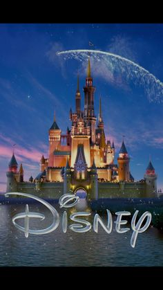 Dumbo im Kino Wallpaper Iphone Disney, Cute Disney Wallpaper, Pokemon, Pikachu, Disney Magic, Walt Disney, Orlando Disney, Disney Land, Disney Cruise