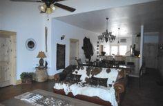 Lazy H Lodge in Canyon Lake, Texas   B&B Rental