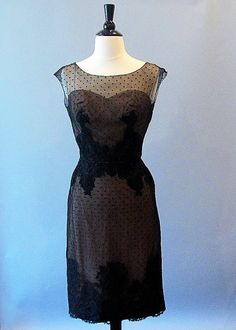 want this vintage dress on Etsy!!