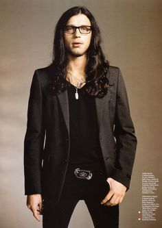 I don't know why, but there's something I find very attractive about Nathan Followill.