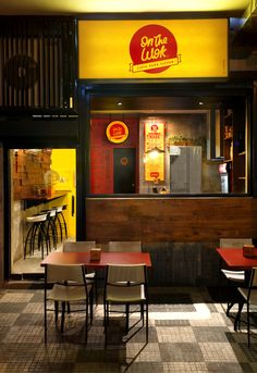 Design the brand identity and graphical interior design from the restaurant On the Wok in Caracas, Venezuela.
