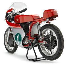 Ducati Motorcycles, Cars And Motorcycles, Ducati Sport Classic, Ducati Cafe Racer, Car Engine, Cool Bikes, Motor Car, Motorbikes, Racing Bike