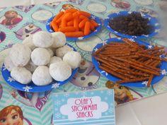 Momma's Playground: Disney's Frozen Themed Birthday Party {Great Movie Night Ideas!}