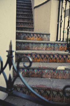art-deco-stairs