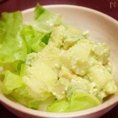 切って和えるだけでさっぱりサラダのできあがり。  なちゅこのドレッシングで味つけも簡単です。